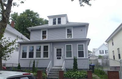 Providence County Single Family Home For Sale: 263 California Av