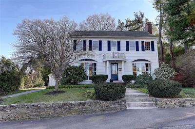 Cranston Single Family Home For Sale: 14 Harwich Rd