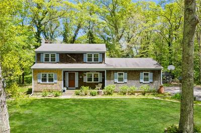 South Kingstown Single Family Home For Sale: 73 Arbor Wy