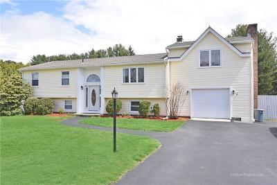 North Kingstown Single Family Home Act Und Contract: 19 Salem Dr