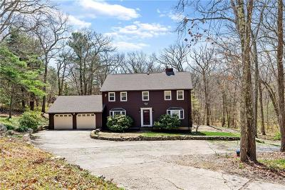 Scituate Single Family Home For Sale: 672 Plainfield Pike