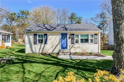 South Kingstown Single Family Home Act Und Contract: 63 Juniper Rd