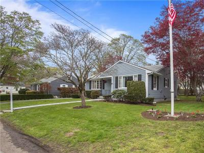 Bristol County Single Family Home Act Und Contract: 7 Gorham Pl