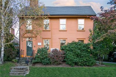 Newport Single Family Home For Sale: 2 Wilbur Av