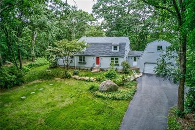 South Kingstown Single Family Home For Sale: 71 Heather Hollow Dr