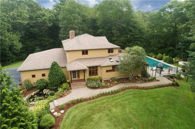 Exeter Single Family Home For Sale: 42 Brookridge Dr