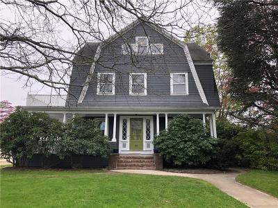Cranston Single Family Home Act Und Contract: 92 Shaw Av