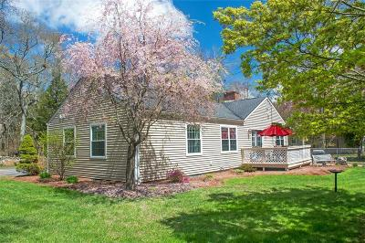 South Kingstown Single Family Home Act Und Contract: 40 Heritage Dr