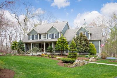 North Kingstown Single Family Home For Sale: 19 Sycamore Lane
