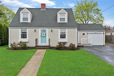 Garden City Single Family Home For Sale: 186 Garden City Dr