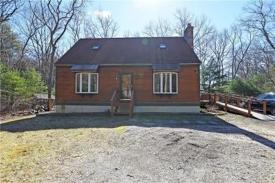 South Kingstown Single Family Home For Sale: 231 Sand Turn Rd