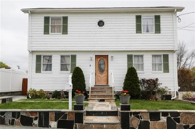North Providence Single Family Home For Sale: 7 Spicer St