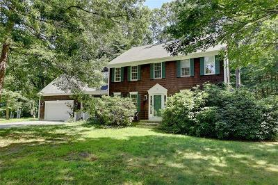 Bristol County Single Family Home For Sale: 2 Cranberry Ct