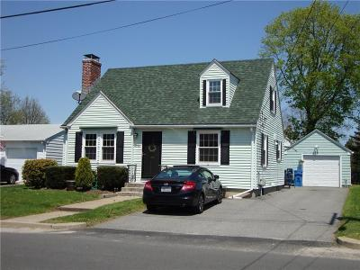 Single Family Home For Sale: 339 Aqueduct Rd