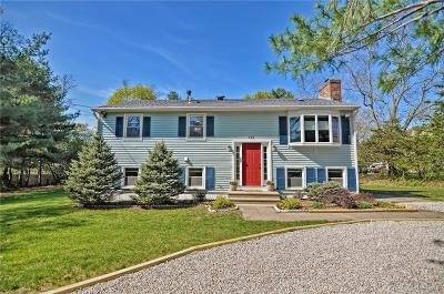 North Kingstown Single Family Home For Sale: 420 Newcomb Rd