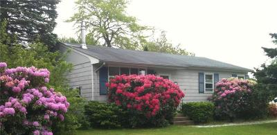 Narragansett Single Family Home For Sale: 12 Old Pine Rd