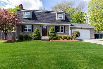 Seekonk Single Family Home For Sale: 49 Chappell St