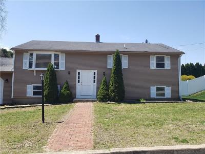 West Warwick Single Family Home For Sale: 186 Kimberly Lane