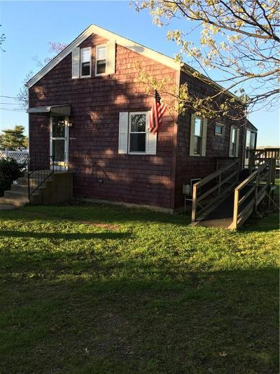 Single Family Home Act Und Contract: 18 Waterfront Dr