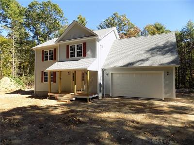 Hopkinton Single Family Home For Sale: 4 Saw Mill Rd