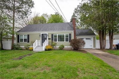 East Providence Single Family Home For Sale: 21 Winthrop St