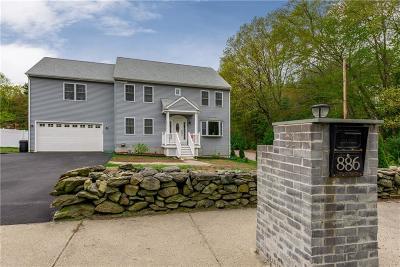 Johnston Single Family Home For Sale: 886 Greenville Av