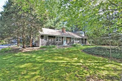 Bristol County Single Family Home For Sale: 4 Pine Ln Lane