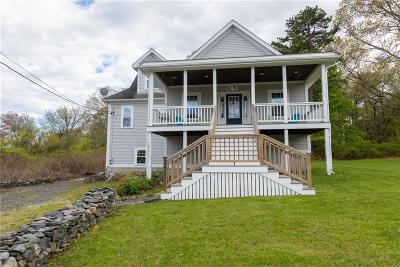 Newport, Middletown, Portsmouth Single Family Home For Sale: 72 Pier Rd