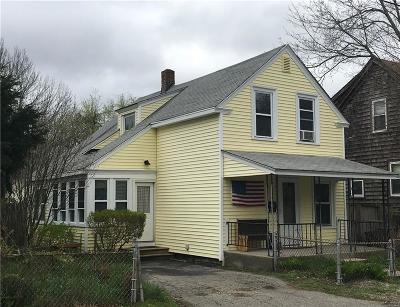East Providence Single Family Home For Sale: 54 Knowlton St