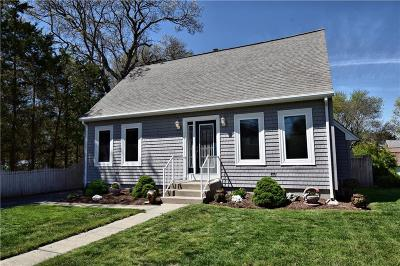 Bristol County Single Family Home For Sale: 16 Stuart St