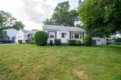 East Providence Single Family Home For Sale: 39 Legion Wy