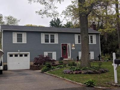 North Kingstown Single Family Home Act Und Contract: 21 Hickory Dr