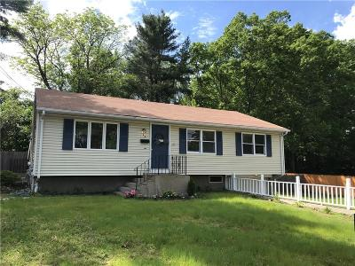 East Providence Single Family Home For Sale: 23 Skycrest Av