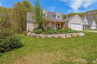 South Kingstown Single Family Home For Sale: 52 Beech Tree Pl