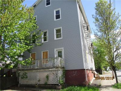 Pawtucket Multi Family Home For Sale: 200 Magill St