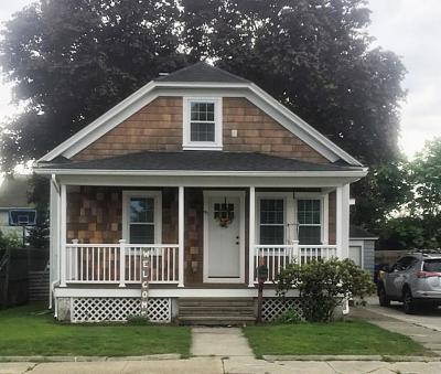 Pawtucket RI Single Family Home For Sale: $225,000
