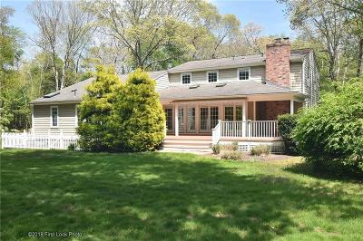 South Kingstown Single Family Home For Sale: 1404 South Rd