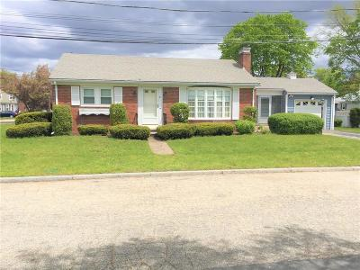 East Providence Single Family Home Act Und Contract: 6 Gibbs St