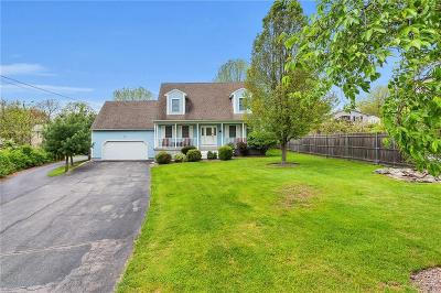 West Warwick Single Family Home For Sale: 3 Cyr Ct