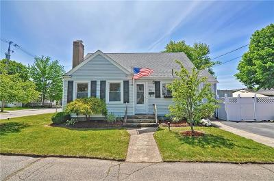 Pawtucket Single Family Home For Sale: 15 Welden St