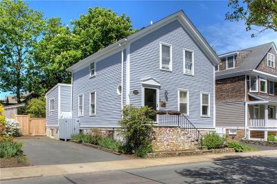 Newport Single Family Home For Sale: 96 Third St