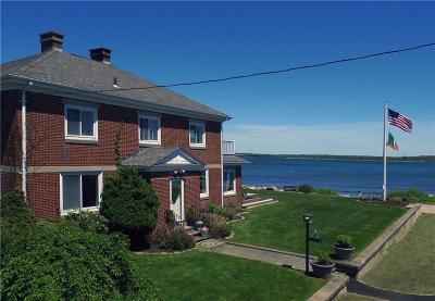 Narragansett Single Family Home For Sale: 84 King Philip Rd