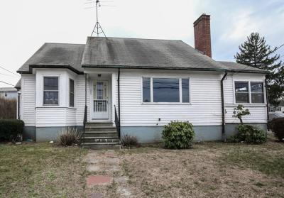 Cranston RI Single Family Home For Sale: $111,300