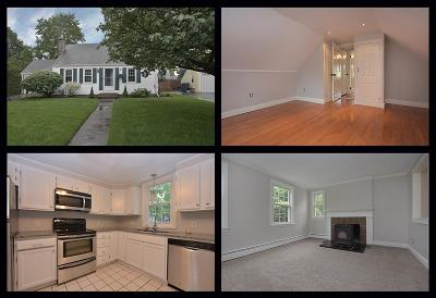 Warwick Single Family Home For Sale: 90 Puritan Dr
