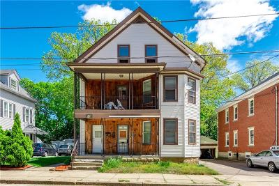 Woonsocket Multi Family Home For Sale: 176 Park Pl