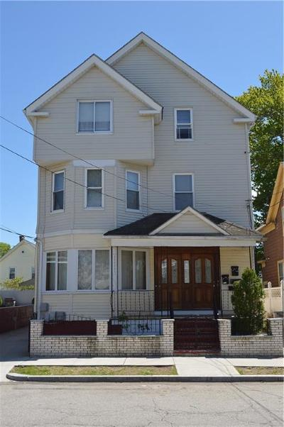 Providence County Multi Family Home For Sale: 264 Ohio Av