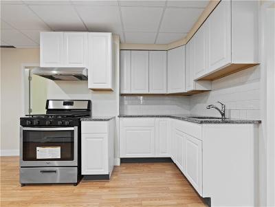 Providence County Single Family Home For Sale: 6 Jackson Av