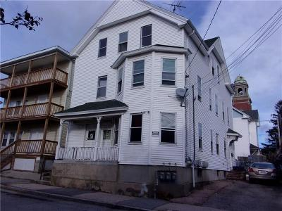 Providence RI Multi Family Home For Sale: $264,900