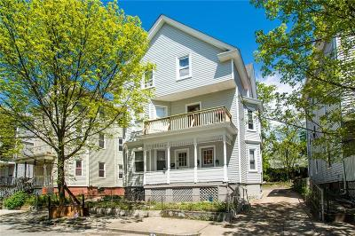 Providence RI Multi Family Home For Sale: $279,000