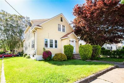 Providence RI Multi Family Home For Sale: $335,000